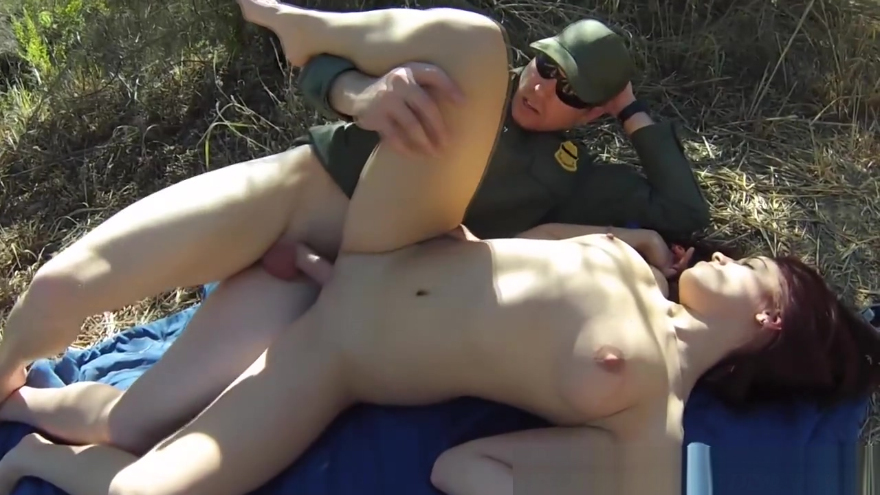 Teen spunked on by guard
