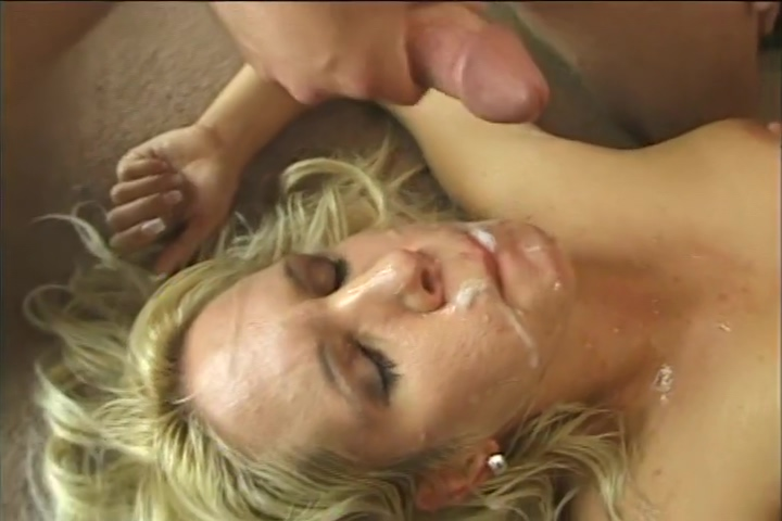 Juicy Chicks Blowing Cock And Swallowing Hot Cum