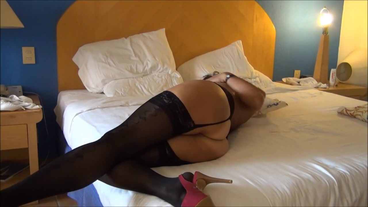 ASIAN WIFE IN BLACK LINGERIE Indian Ladies Fuck Video