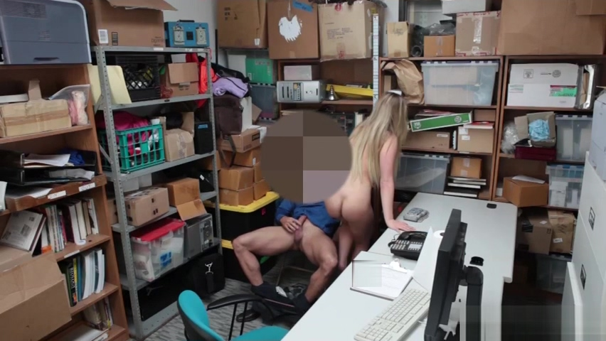 Teen thief Alyssa Cole gets her tight pussy fucked Hot blond milf pawns her twat and fucked