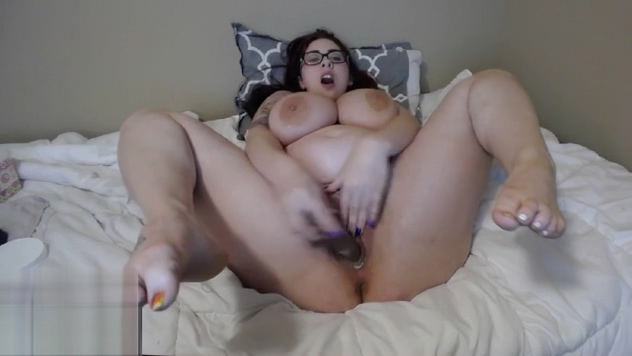 Young BBW bounces her huge boobs Bed bondage mittens