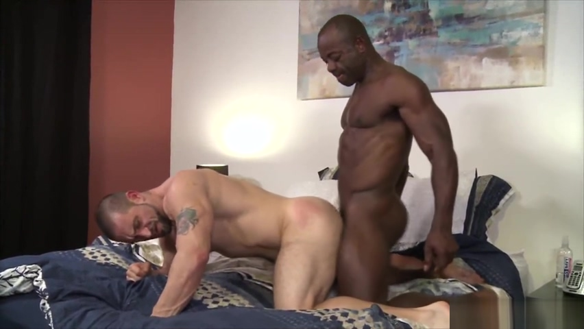 Aaron Trainer Rimms And Fucks Ceasar Venturas Ass Amateur white blowjob penis and fuck