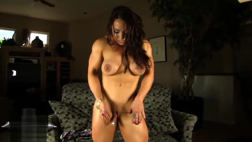 Brandi Mae: Pumping clit girls sexy pictures