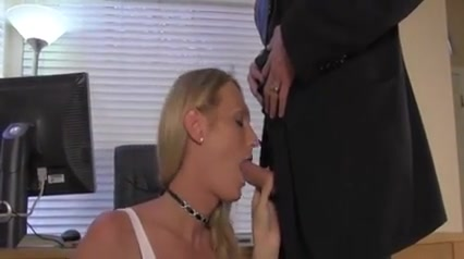 FilthyStudentTranny hot gamer girl masturbates with dildo i watch