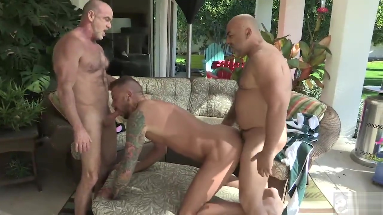 Three men in the tub Alexis grace sexy
