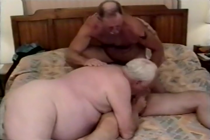Grandpa Threesome sexiest naked couple hd