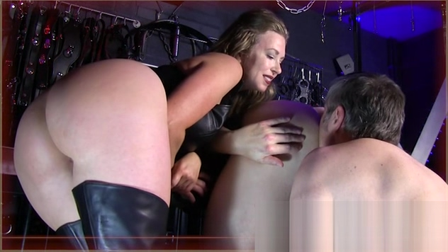 tricked into licking man ass She Knows how to Suck Dick Free Webcam