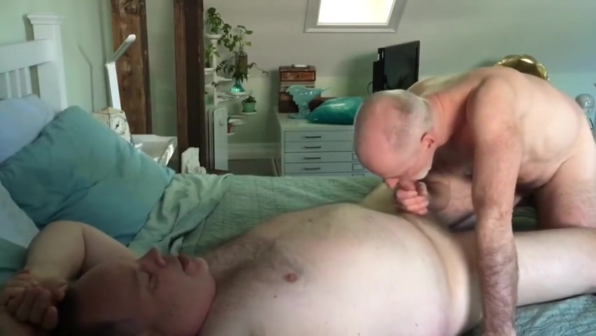 BIG BALD HORNY BEAR FOR BREAKFAST Store blowjob