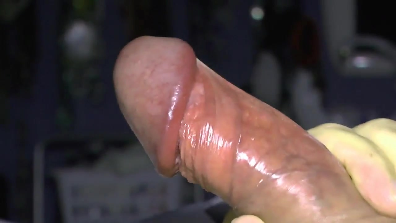 Close-up cock with precum finishing with slomo jizz flow Chloe vevrier drenched