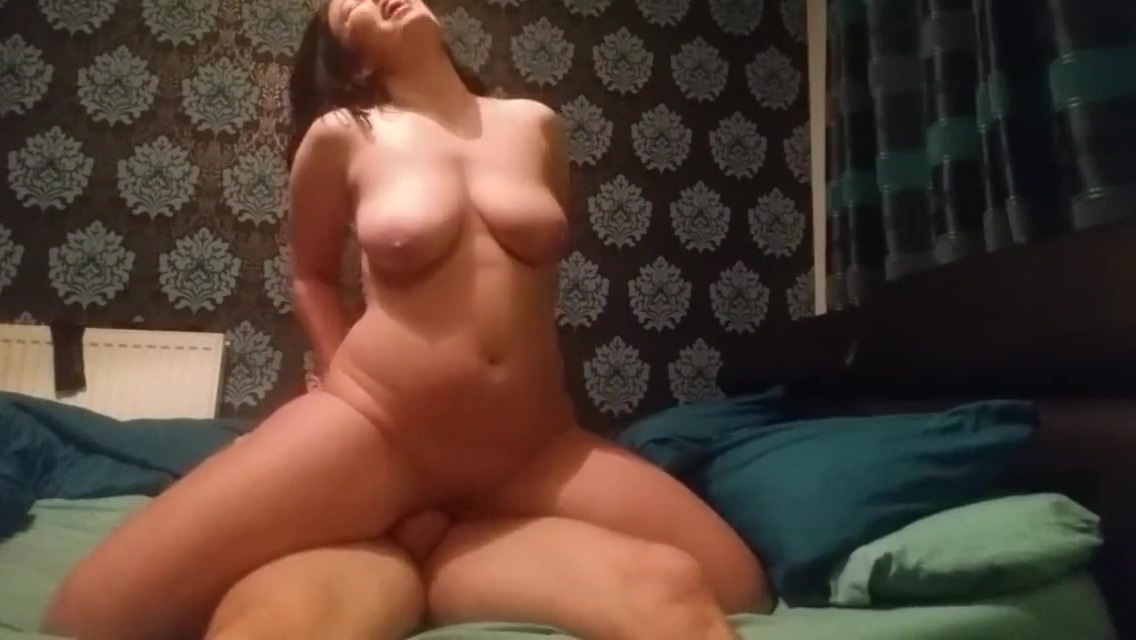 British Teen Girlfriend Loves Anal Therapy