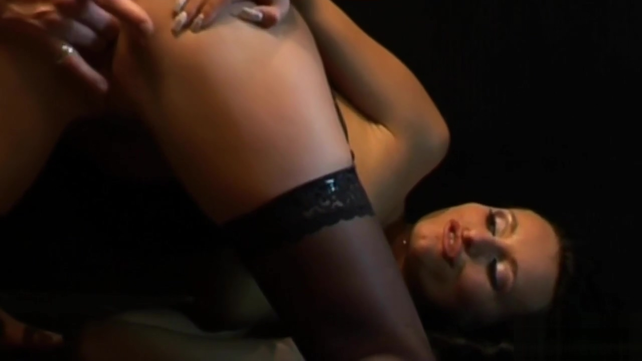 Smoking hot girl plays with a dick Big tits big butt mature neighbor 2 cocks