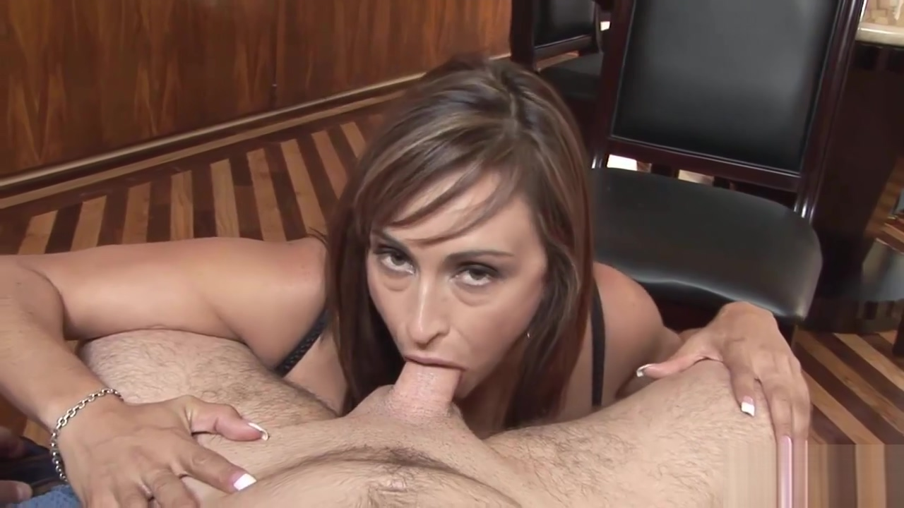 Beautiful chick pleases a horny guy