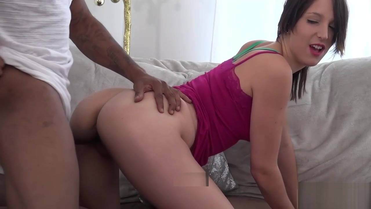 Black pecker destroys a small cunt Mexican Moms Porn Pics