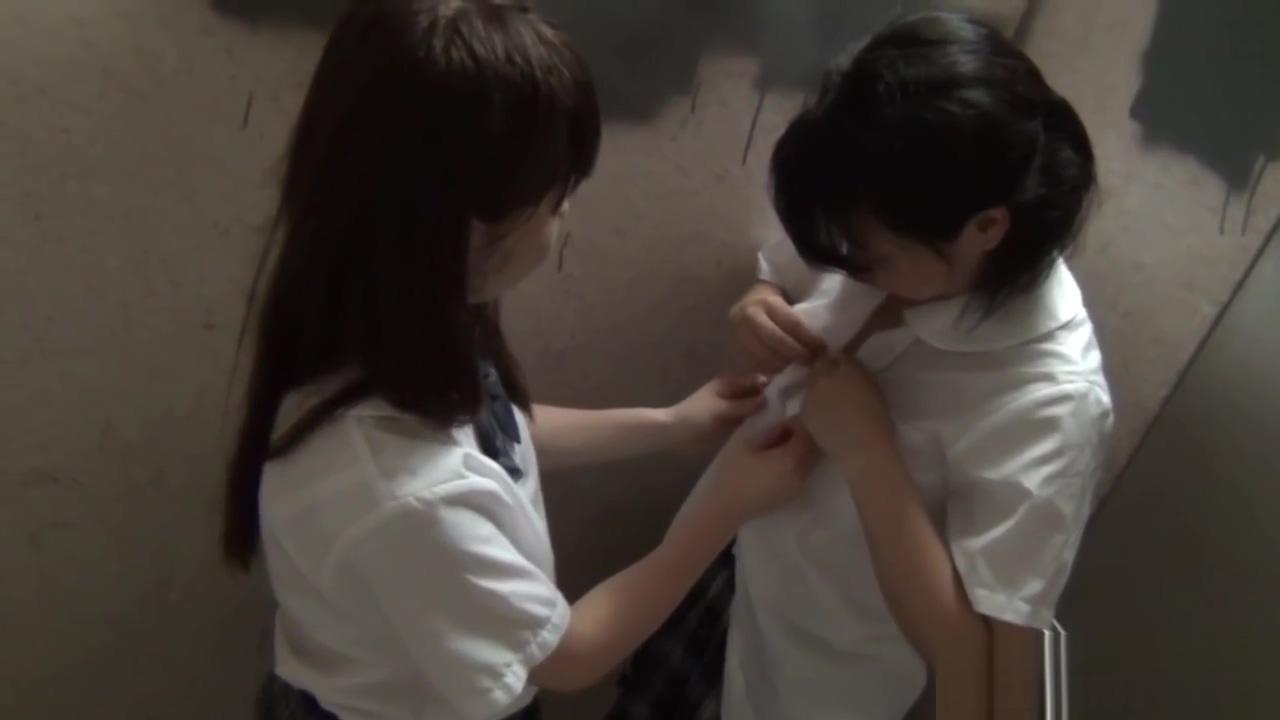 Japanese teenager fingers anjali jay nude fakes