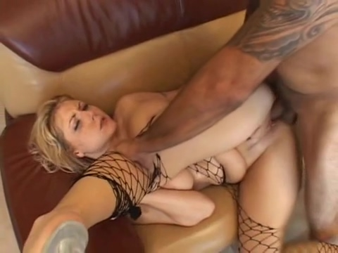 Velicity Von get her smile covered in hot white stickey man oil gay porn filmed in minneapolis