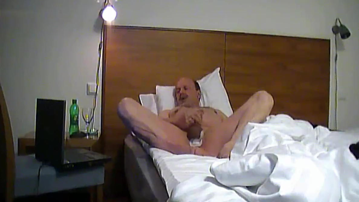 Old Man Hollidaywank 2015 Full Tomes