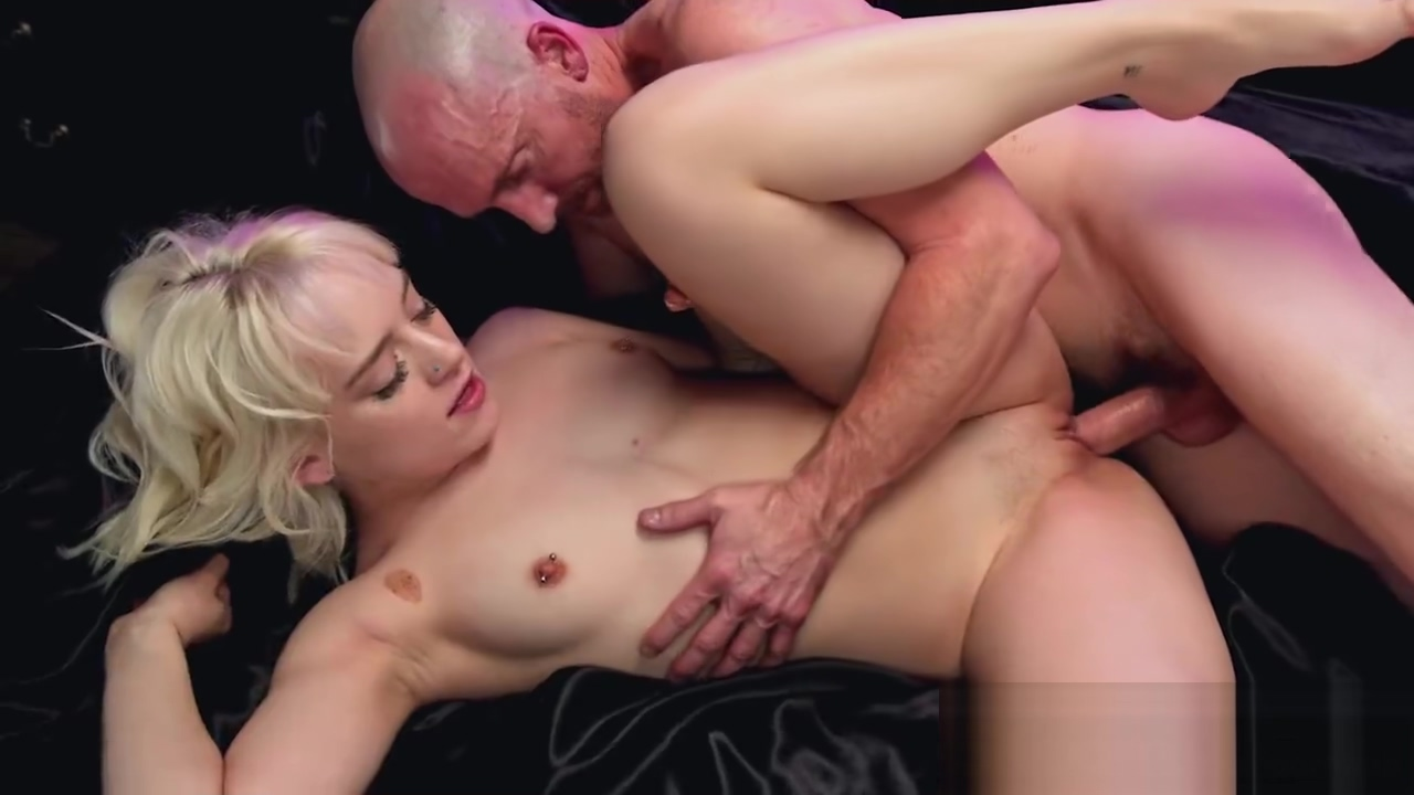5KPorn - Tiny Blonde Spinner Naomi Nash In Ultra HD Fucking dutch topless girl dancing