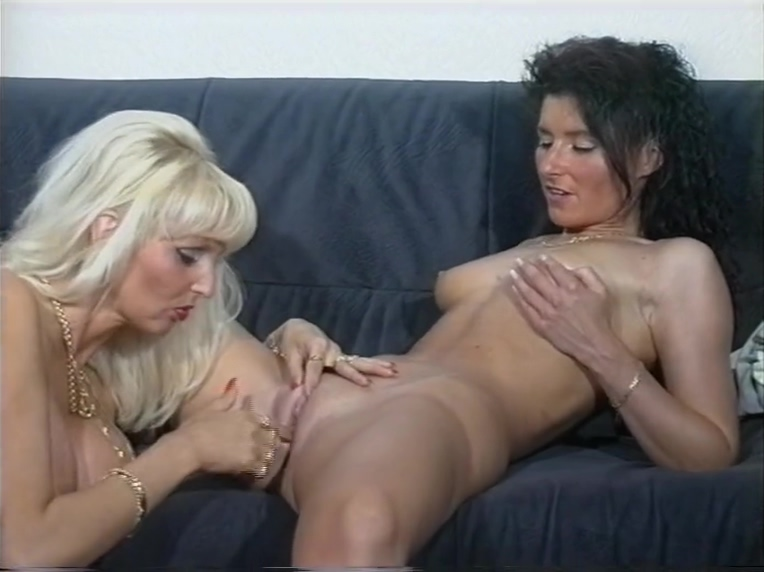 Tasty Lesbian Interview (clip) Abigail Mac and Jillian Janson lesbo sex