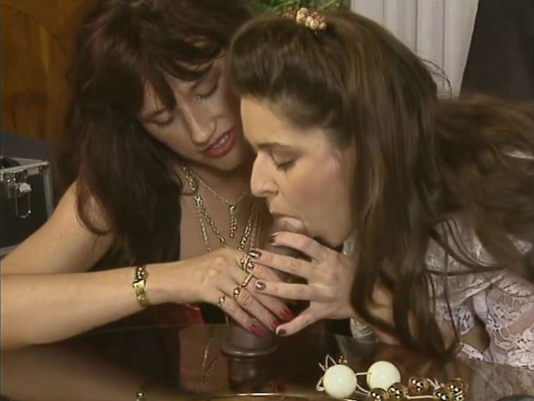 Ladies Fuck the Shit out of the Table Amateur wife humiliation bbc