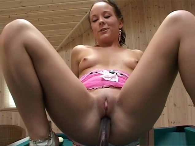 Filthy amateur loves tormenting her moist slot