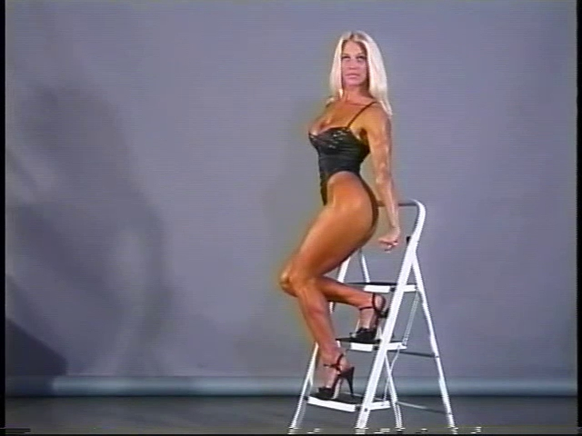 Fitness queen Slut cummen hurs wimmen