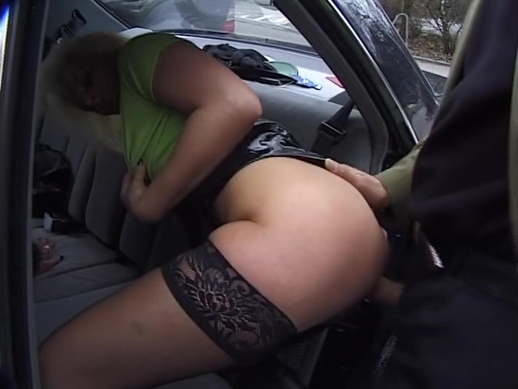 Horny blondes get down in the car Hot matures threesome
