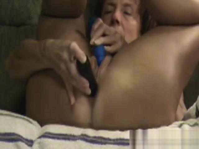DP masturbation 52 years granny Martha porn hidden cam beach