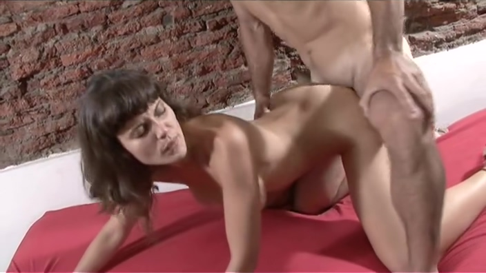 Pound this tight Spanish pussy A sexy tongue sucking