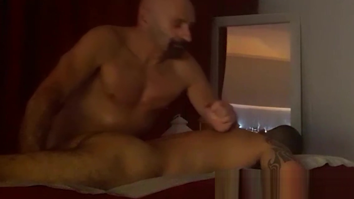BODY MASSAGE FOR MEN NAKED FULL by Nudemassage Mature 50s porn