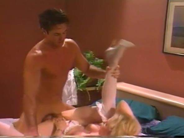 Teddi Barrett in killer-pumps anal