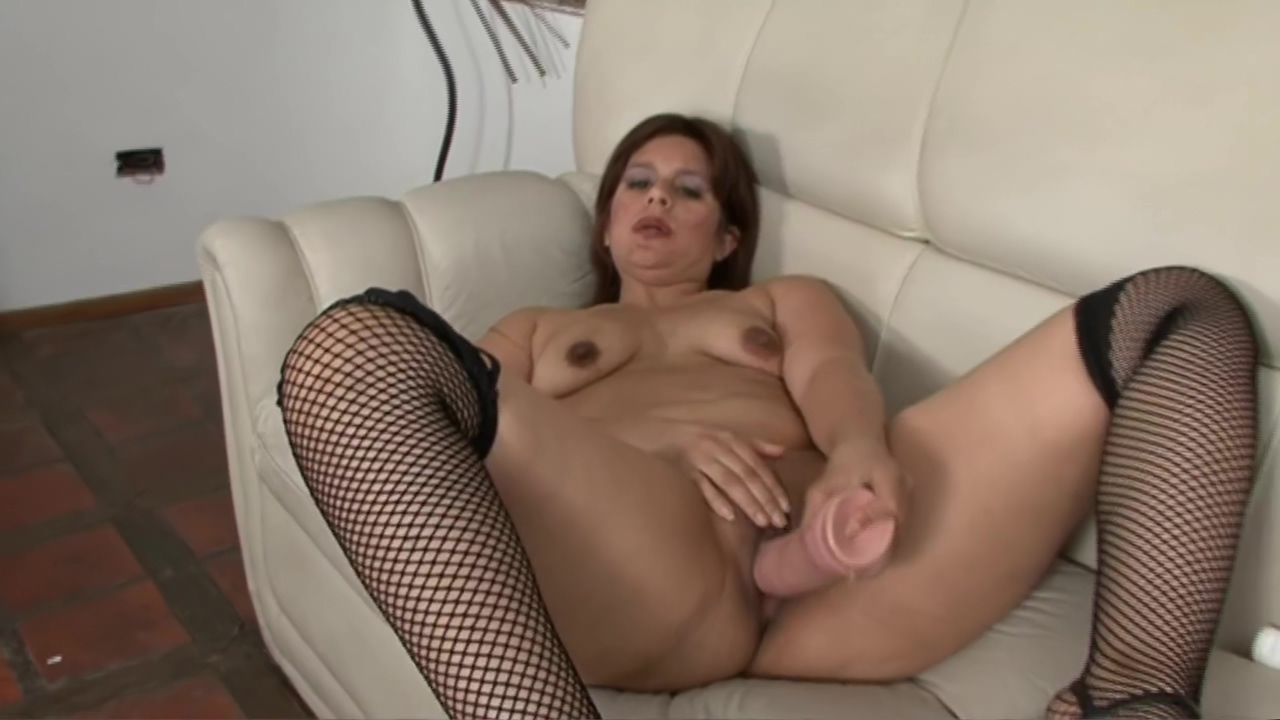 Older babe Liliana street fighter hentai porn videos 5