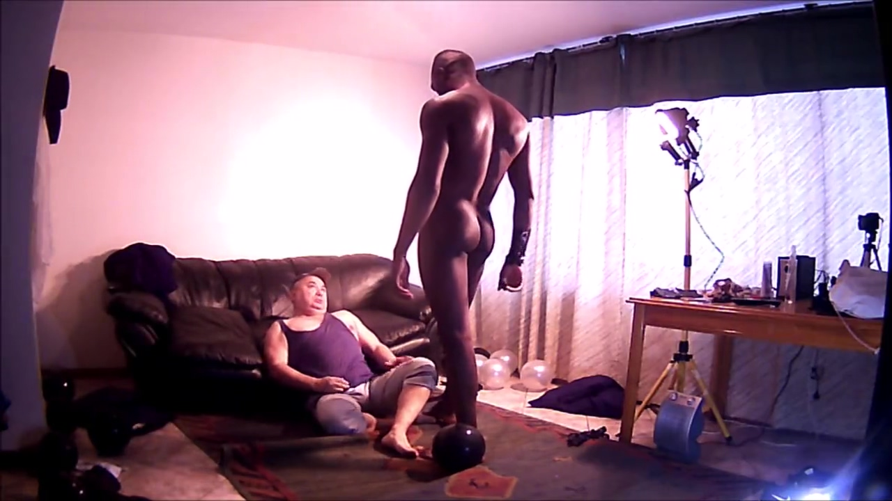 Nico Latino y Master Harry domination with feet wives and men porn