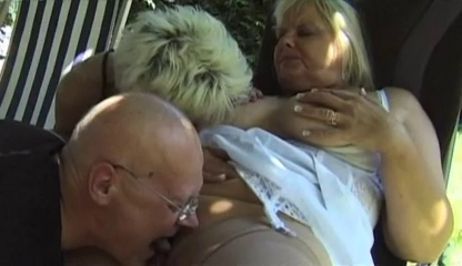 French Threesome with two blonde matures and an old guy os jovens titas hentai