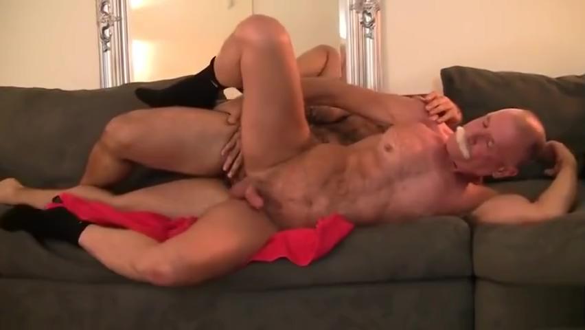 Silver Daddy & Muscle Bear Flip Flop Fuck (Bareback) Hars Xxx Movi