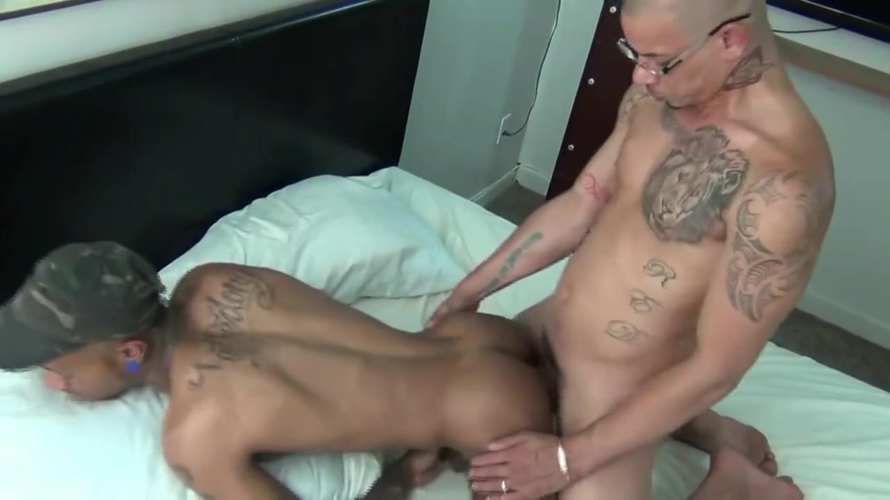 Tattoo-Boy Breeding - Red & TaetheDoug Busty milfs free big tits shower porn hot milf pics