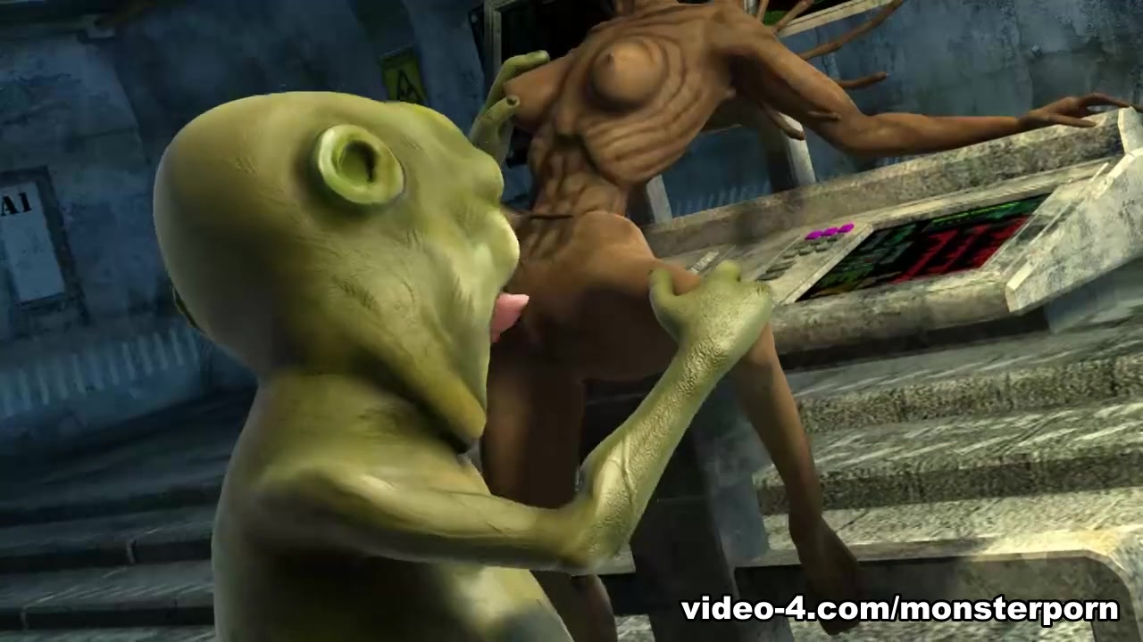 Big Alien Bang - FreeMonsterPorn Milf dildo chair