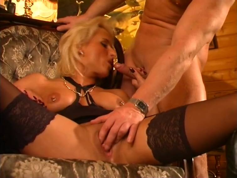 Something to fill her gaping pussy - DBM Video