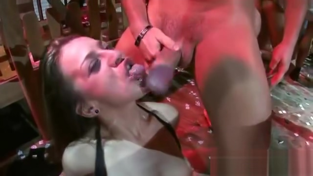Dunia Montenegro Jenny One Leyla Black Salma De Barely legal perfect ass tits lesbians