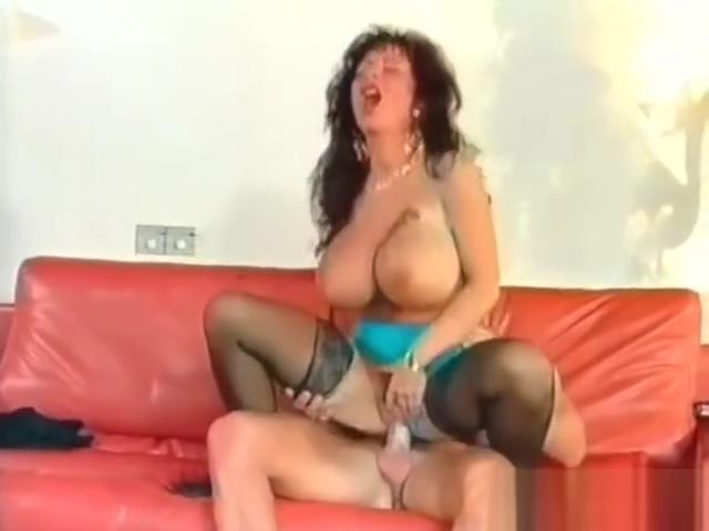 Tiziana Redford fucks