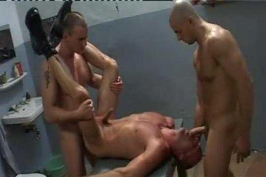 In The Hole (Eingelocht) Squorting big loads babes