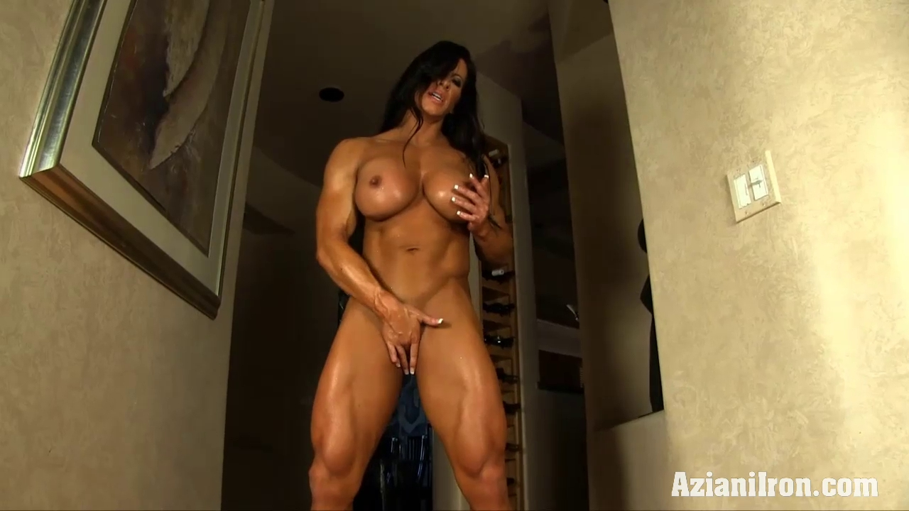 Aziani Steel Angela Salvagno female bodybuilder receive in natures garb Girl cuts her tits gif