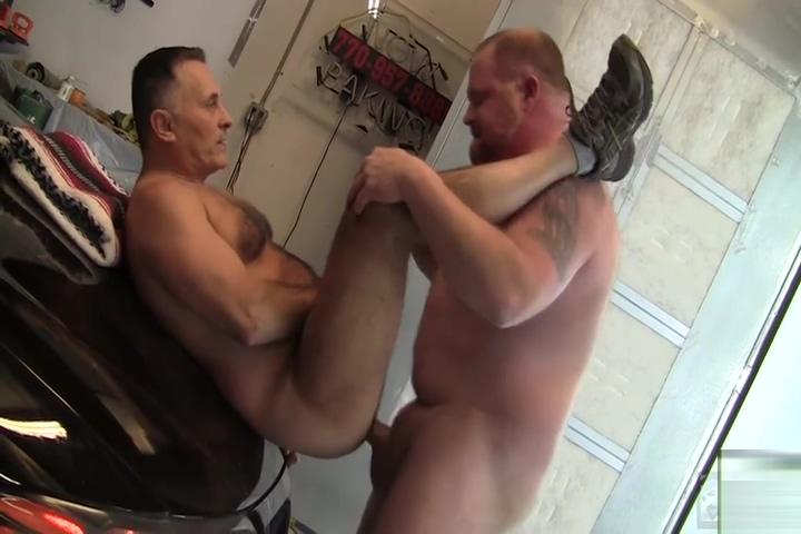 Getting Serviced Big tits oil