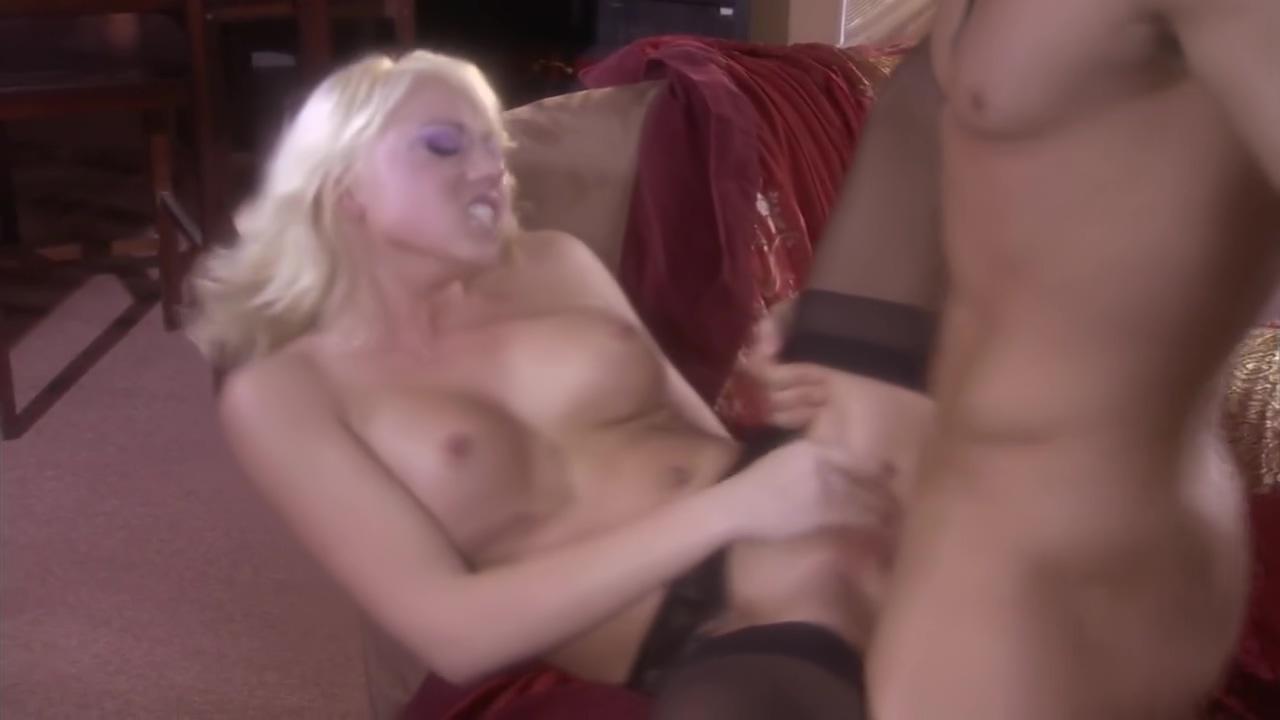 Blonde woman suck then fuck porn cikgu dgn budak sekolah video