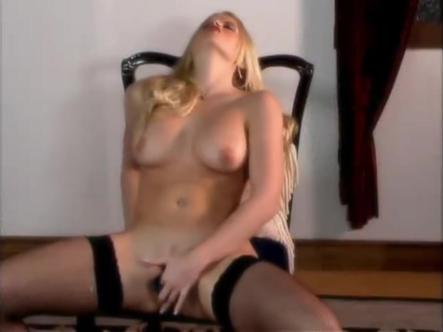 Busty Beauty In Fishnets Pussy Plays - Critical X Black women over 45