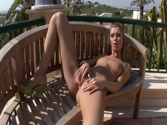 Sunshie Sensual Masturbation - FBA miley cyrus naked pix