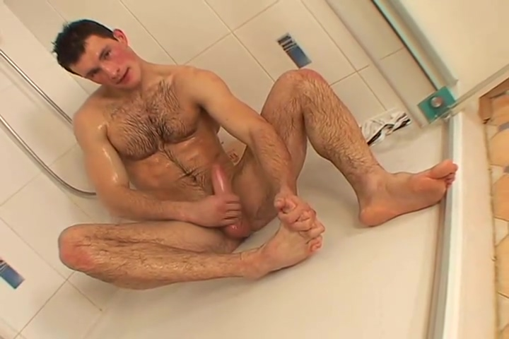 Rosy cheeked jan gets naughty in the shower (solo) Homade hand job