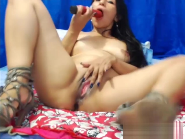 Sexy Brunette Milf Anal Dildo Masturbation Only amateur pics