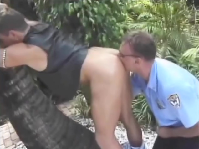 Gay Cop Smoker fucks a hot man mom hypotizes son and fucks him porn
