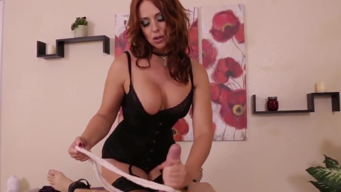 Evil Massage 1 Chloe grace moretz getting fucked