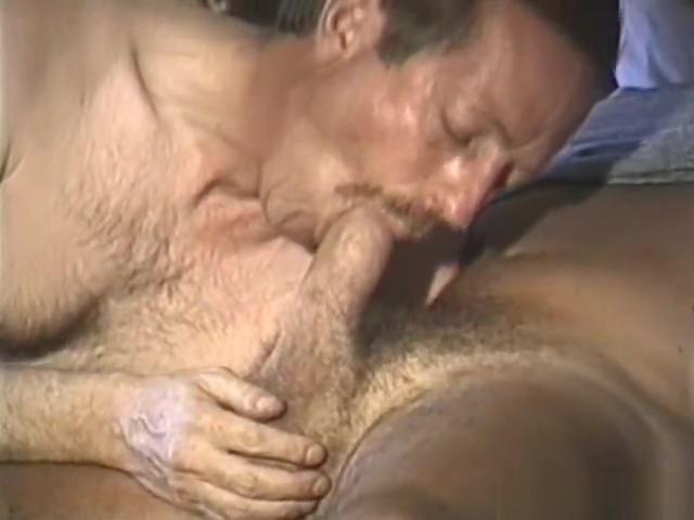 Gay Mature Men 2 adult phone sendable videos